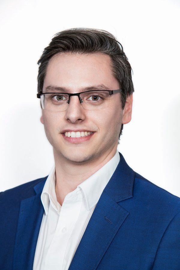 Dr Adrian Sartoretto